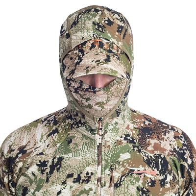 Sitka Gear - Apex Hoody OPTIFADE Subalpine|Apex Hoody Integrated Mesh Face Mask|Apex Hoody During Use|Apex Hoody Reinforced Shoulders and Arms|Apex Hoody Removable Elbow Pads|Apex Hoody Centered Zippered Pocket